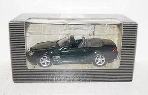 Maisto Mercedes-Benz SL mit Rückziehmotor 1:36 in OVP (R1_5_34)