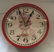 Strawberry Shortcake Custard Cat Red Wall Clock