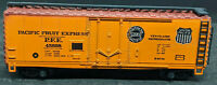 Roco: Union PACIFIC FRUIT EXPRESS. PFE #45698 YELLOW REEFER BOXCAR VINTAGE HO