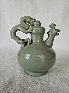 """Vintage Green Dragon Chinese Teapot 5.5"""" Reverse flow. Decorative use only"""
