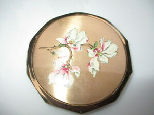 VINTAGE STRATTON ENGLAND POWDER COMPACT ENAMEL PINK FLOWERS BY ERICA