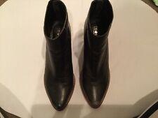 Solsana Boots Size 38