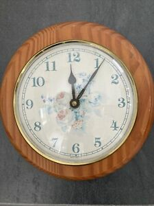 PINE 21CM WALL CLOCK FARMHOUSE KITCHEN WOOD FLORAL & WHITE FACE
