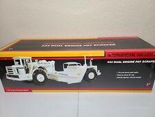 International IH 433 Pay Scraper - White - First Gear 1:25 Model #79-0184 New!