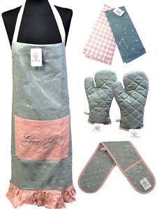 100% Cotton Apron Oven Mitt Gloves & Two Tea Towels Cooking BBQ Xmas Gift Set