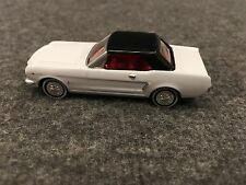 Mustang 1964 1/2 Readers Digest Gift Car White