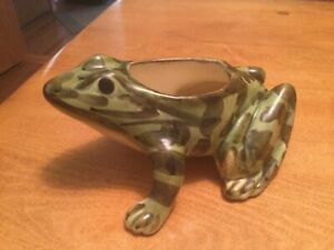 """Brush McCoy Frog Planter 5.5"""" Molted HP"""