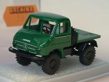 Brekina Unimog 411, Geräte-Anbau-Platte, dunkelgrün - 39005 - 1/87