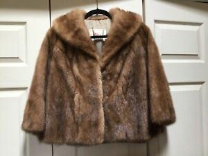 Beautiful Vintage Hess's fur Coat small / med