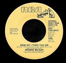 "RONNIE MILSAP ""HOW DO I TURN YOU ON/(Same)"" RCA 5033-7-RAA (1986) PROMO 45rpm"