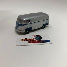 Volkswagen T2 Panel Bus * Greenlight LOOSE 1:64 Diorama * F261