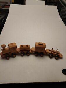 Vintage MONTGOMERY SCHOOLHOUSE VERMONT WOOD TRAIN 4-Car Set Inc.