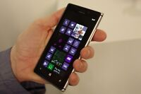 Nokia Lumia 925 - 16GB - (Unlocked) Smartphone