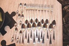 Apollo couvert métal argenté modèle ruban noeud LXVI  34 pièces