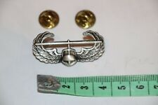 ORIGINAL US ARMY VIETNAM ARMY AIR ASSAULT WING METAL BADGE