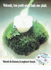 PUBLICITE ADVERTISING 0217  1981  yoghourt Velouté brassé de Danone