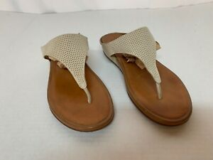 Women's Fitflop Thong Supercomff Sandal Ivory Size 7