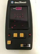 Entex SPACE INVADERS Handheld Electronic Arcade Video Game