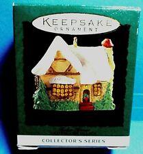 "Hallmark ""Tudor House"" Miniature Ornament 1995"