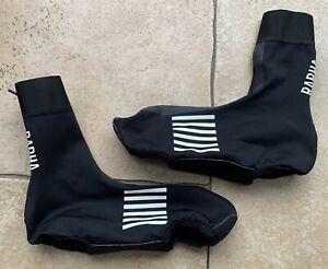 Rapha Overshoes.Size M.