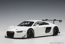 81602 Audi R8 Fia Plain Body Version (White) (Composite Model / 2 1:18 Autoart