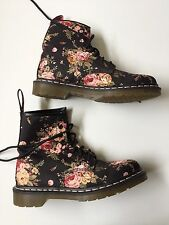 NEW Dr. Doc Martens 1460 Black Rose Floral VICTORIAN Canvas Lace Up Boots Sz 9