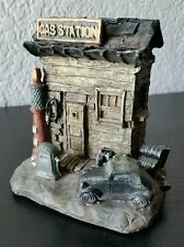 Minature Prop Decor Car Gas Station by K's Collection Figurine Great Condition!