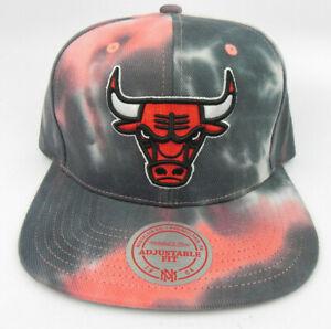 CHICAGO BULLS NBA MITCHELL & NESS RED/BLACK TIE DYE SNAPBACK CAP HAT NWT!