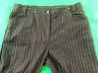 Lavender Road Black Striped Office/Business/Work Wear Stretch Pants Size 16
