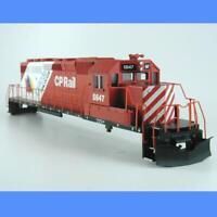 CP RAIL  SD40-2 #5647 EXPO 86 SHELL W/PARTS  ATHEARN HO