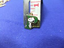 vtg snoopy pendant charm letter initial P green 1970s peanuts schulz cartoon