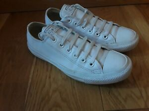 Converse leather Casual  shoes size 5
