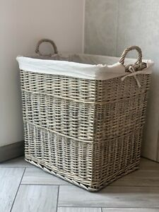 Extra Large Wicker Laundry Basket / Willow Log Luxury Basket With Handles