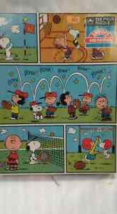 Golden 200 Piece Peanuts  Puzzle Snoopy And Friends 1971 (Sealed)