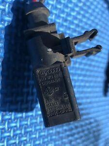 Porsche Cayman Fog Light Socket And Wire Loom 3D0973822 Audio VW