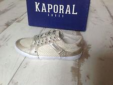P32- Chaussures fille KAPORAL- Modèle SNOTCH Doré (63.00 €)