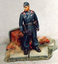 Verlinden 1/35 German Waffen-SS Panzer Tank Commander Totenkopf WWII w/Base 130
