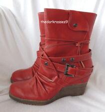 Mustang Stiefeletten 38 Boots stylisch Keilabsatz rot Neu