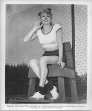 Shelley Winters original 1950 8x10 Universal photo sexy seated in tennis umpire