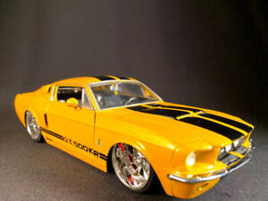 JADA Bigtime Muscle 1967 FORD Shelby GT 500KR Yellow 1/24 Scale Diecast