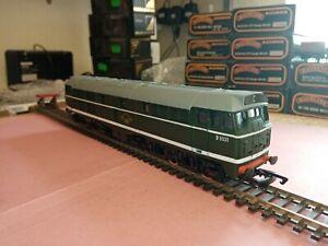 OO gauge Brush type 2 Diesel. D5531 Airfix, an excellent runner. Original box