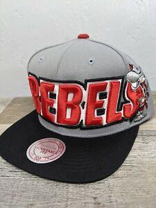 New MITCHELL & NESS UNLV Running Rebels Gray Snapback Hat NCAA NWT Retro Flat