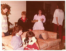 Vintage 80s PHOTO Young Women, Boy & Girls, One w/ Camera In Living Room