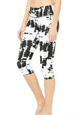 NWT $78 Alo Yoga Airbrush Capri Leggings In White And Black Tie Dye, L.