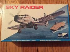 MPC 7010~1:72~Douglas A-1 SkyRaider~USAF/US Navy Attack Plane~Sealed Plastic Kit