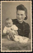 Foto-AK-Studio-Portrait-Frau-Baby-Woman-Ludwigsburg-