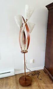 Vtg MCM Mid Century Floor Lamp With Spaghetti Lucite Shade Superb Danish Style