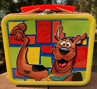 SCOOBY DOO TV Animation Machine Stamp 2000 Embossed Collectible Tin Lunch Box