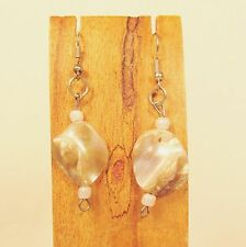 "1"" Natural Color Mother of Pearl Shell Handmade Drop Dangle Earring"
