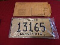 VINTAGE SET OF 2 MINNESOTA PIONEER LICENSE PLATES # 13165 GOLD / BLACK